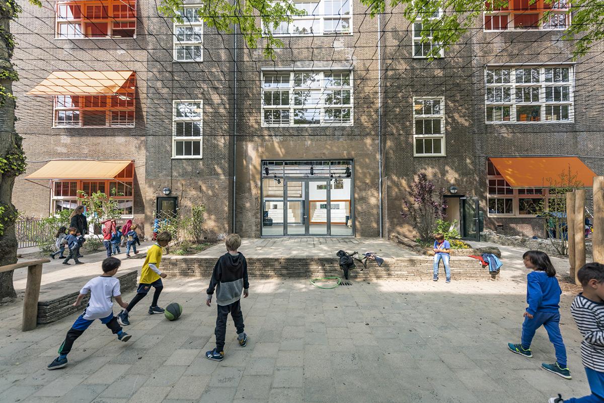 Montessori-School-Scholekster-Heren-5-Architects-04