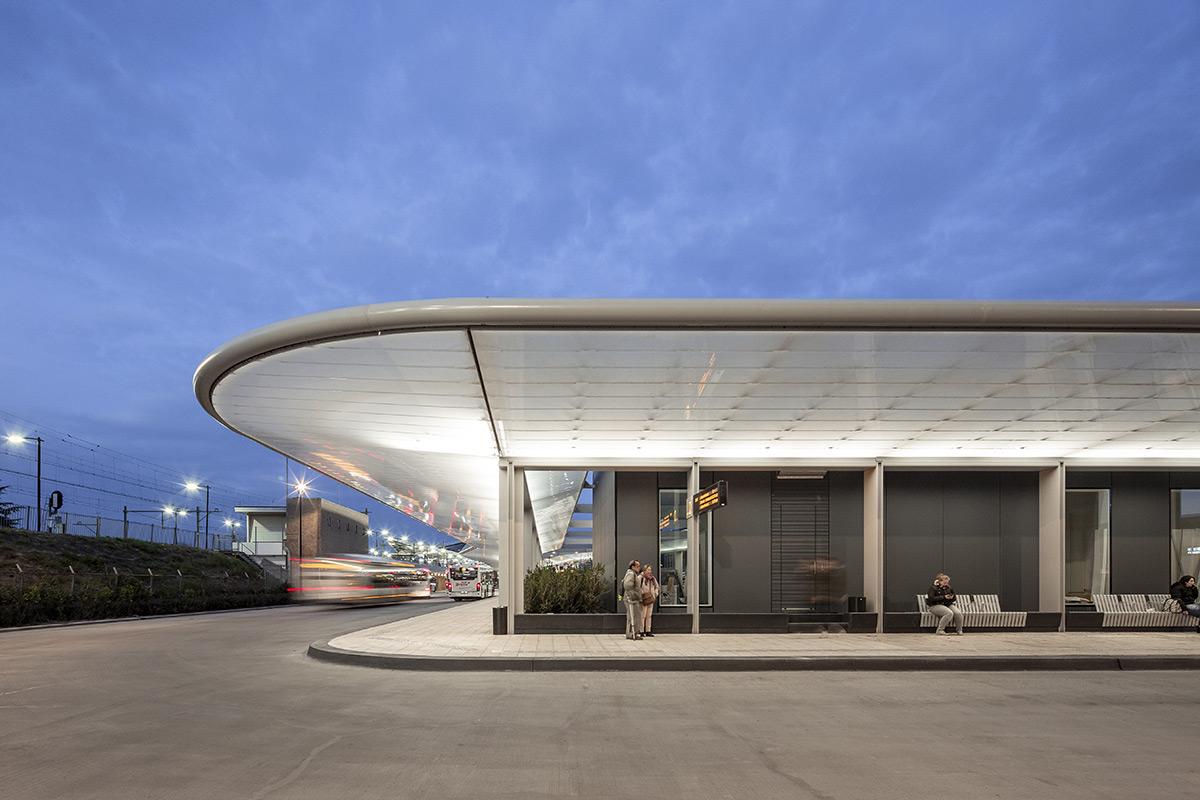 tilburg-bus-station-cepezed-lucas-van-der-wee-4