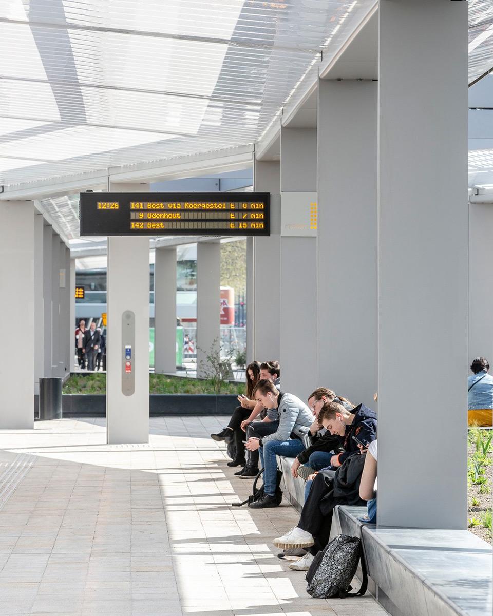 tilburg-bus-station-cepezed-lucas-van-der-wee-7