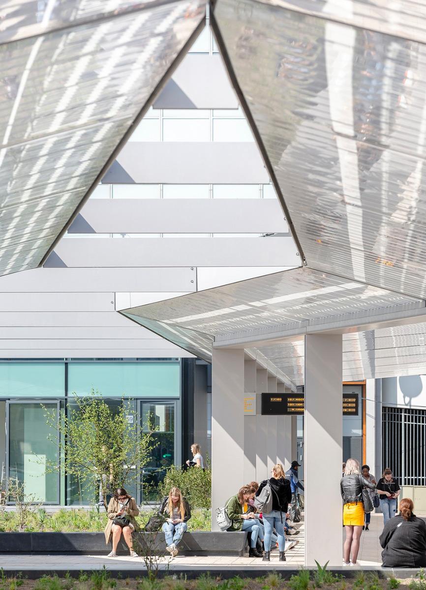 tilburg-bus-station-cepezed-lucas-van-der-wee-8