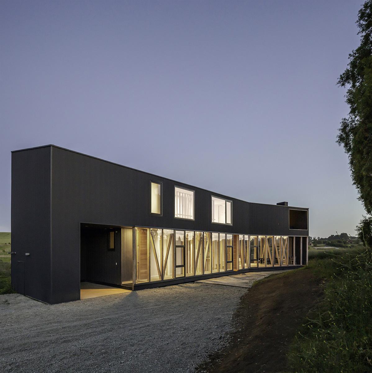Casa-Maitenes-Ignacio-Correa-Aryeh-Kornfled-06