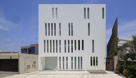 Edificio-Paquidermo-Martin-Dulanto-01