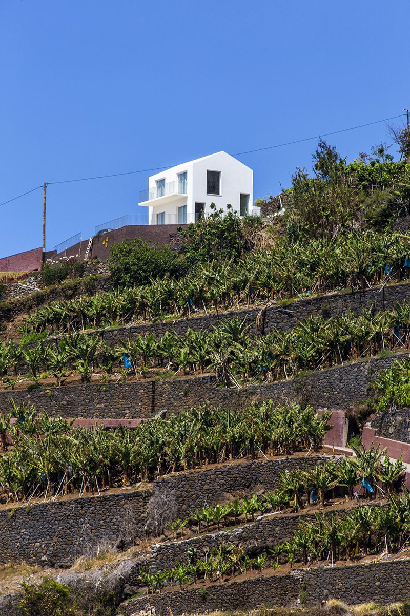 House-Jungao-AA-Arquitectos-Nuno-Caldeira-03