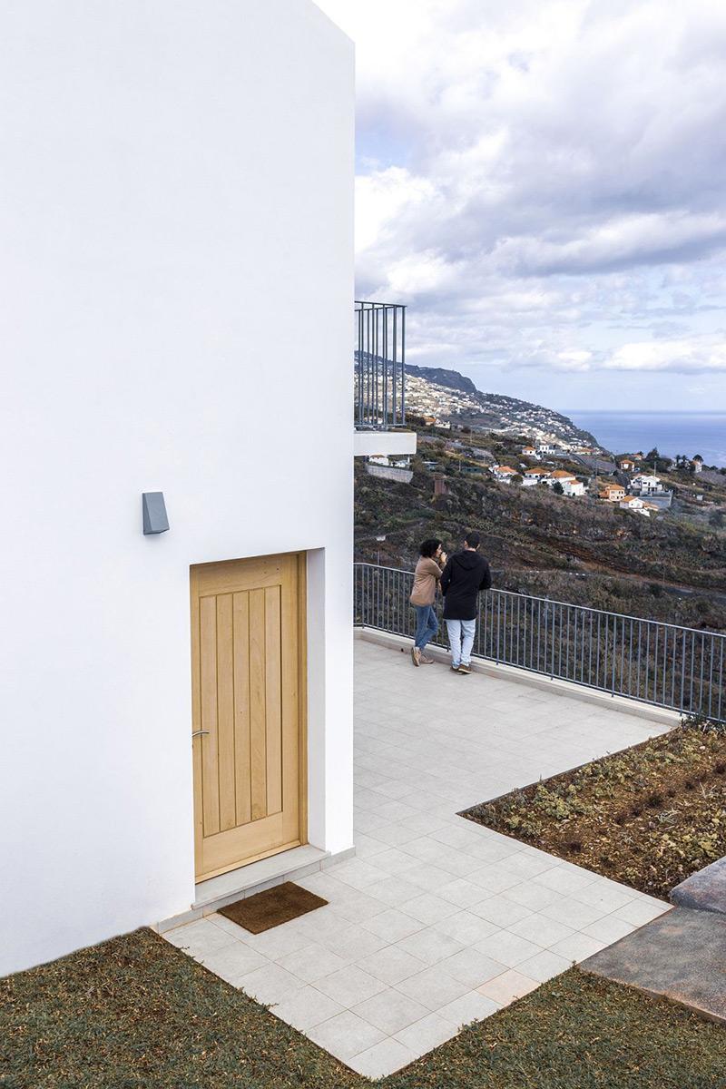 House-Jungao-AA-Arquitectos-Nuno-Caldeira-05