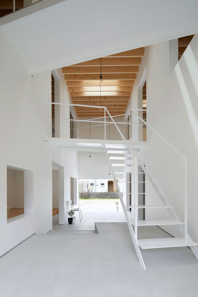 Kadokawa-House-Atelier-Kenta-Eto-07