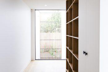 Scandi-House-Auhaus-Architecture-Stefani-Driscoll-07