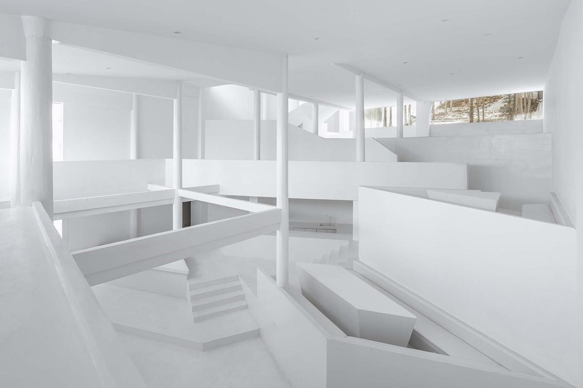 Annso-Hill-Hotel-Studio-QI-Weiqi-Jin-03