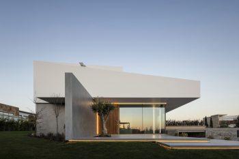 Belas-Clube-Campo-BICA-Arquitectos-Fernando-Guerra-10