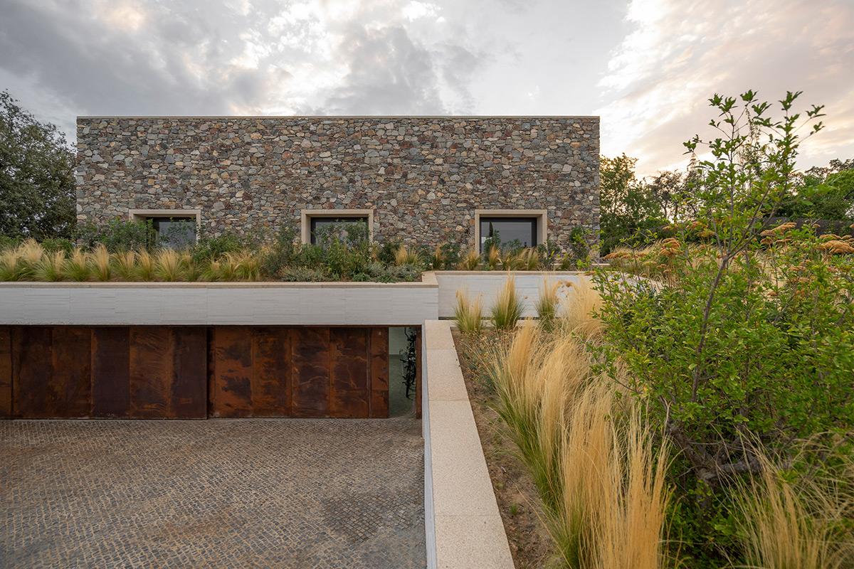 Casa-Piedra-Tunon-Arquitectos-Luis-Asin-02