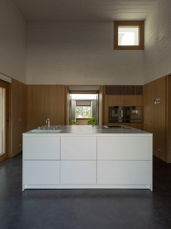 Casa-Piedra-Tunon-Arquitectos-Luis-Asin-07
