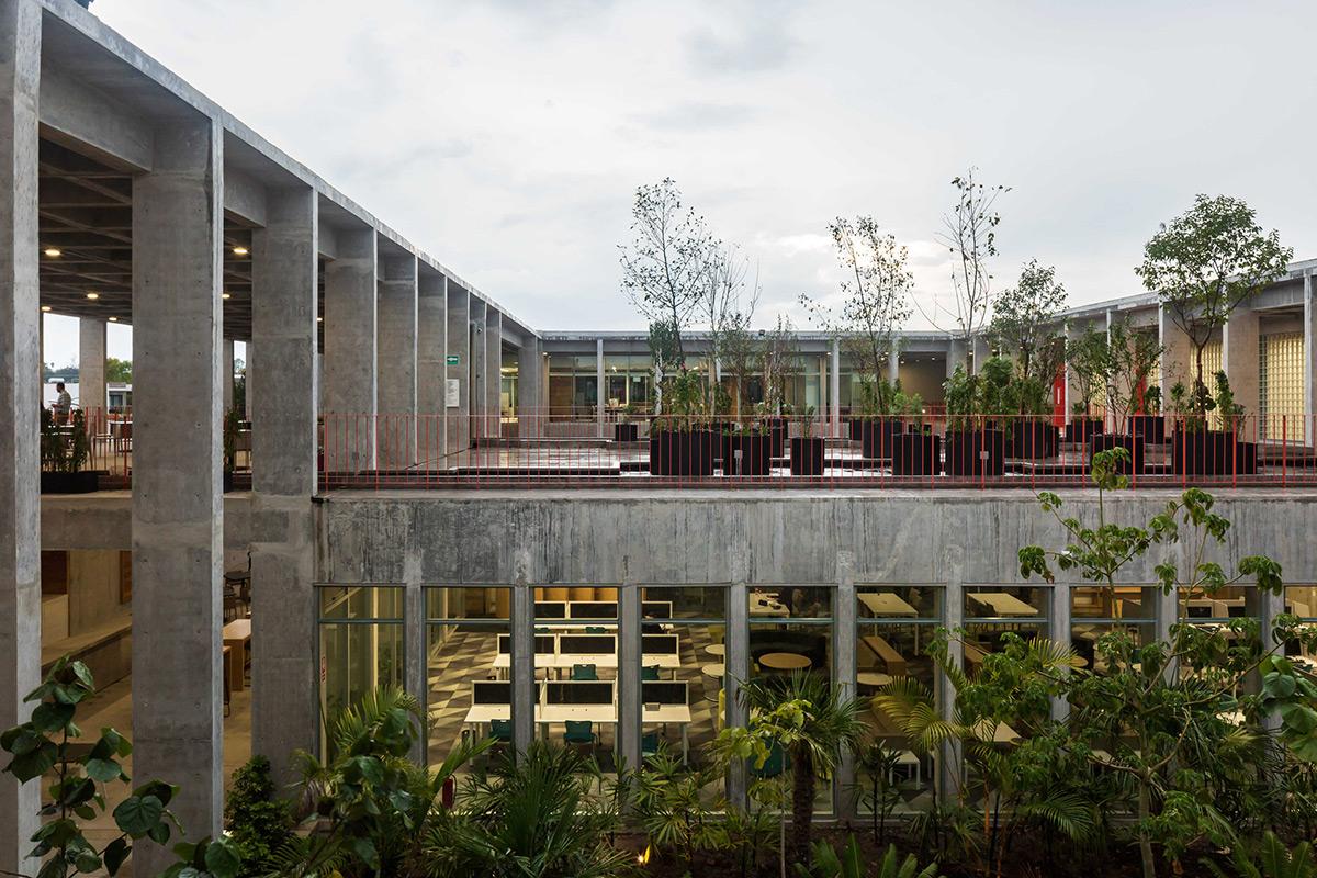 Escuela-Bancaria-Comercial-Ignacio-Urquiza-Bernardo-Quinzanos-Centro-Colaboracion-Arquitectonica-08