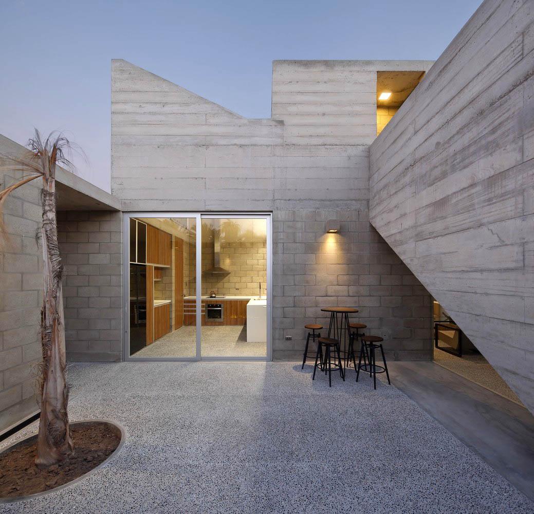 Casa-Paracas-II-Llosa-Cortegana-Arquitectos-01