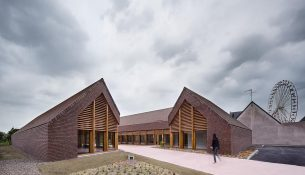 Gonzague-Saint-Bris-Social-Cultural-Center-Lemoal-Lemoal-Architects-02