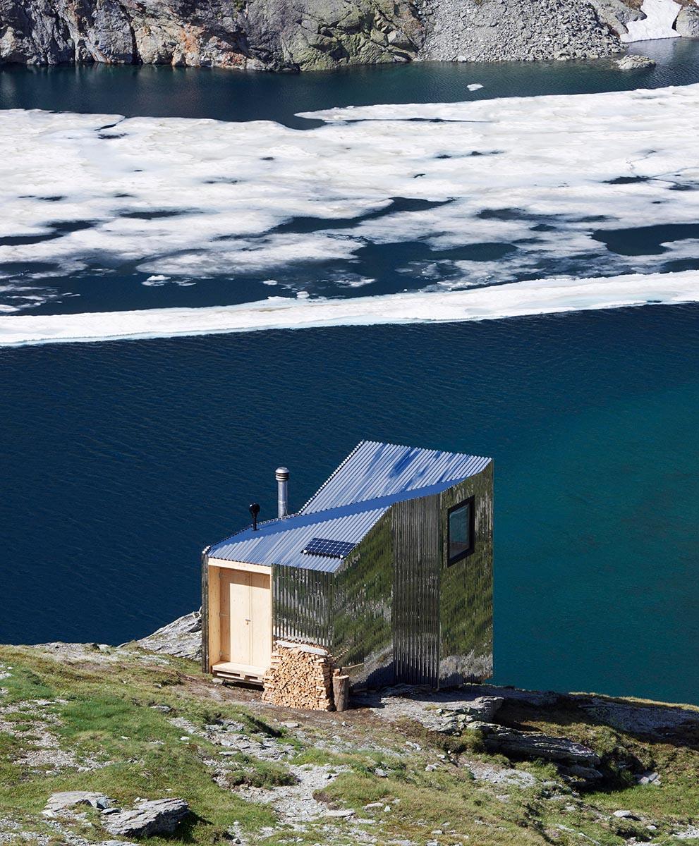 On-Mountain-Hut-Thilo-Alex-Brunner-01