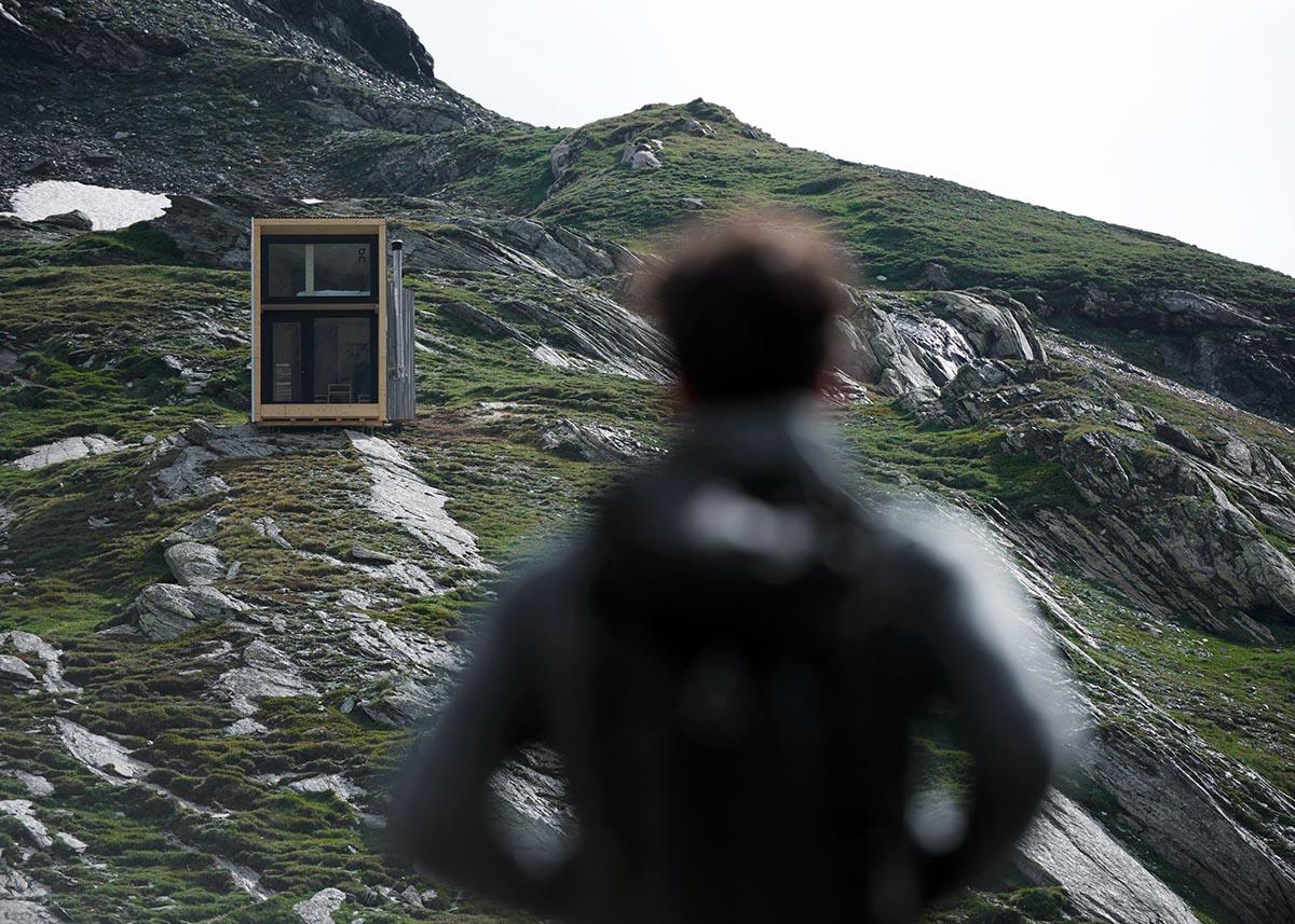 On-Mountain-Hut-Thilo-Alex-Brunner-03
