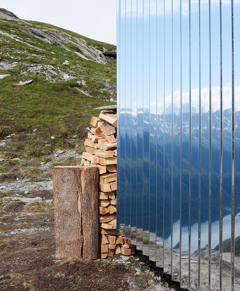 On-Mountain-Hut-Thilo-Alex-Brunner-04