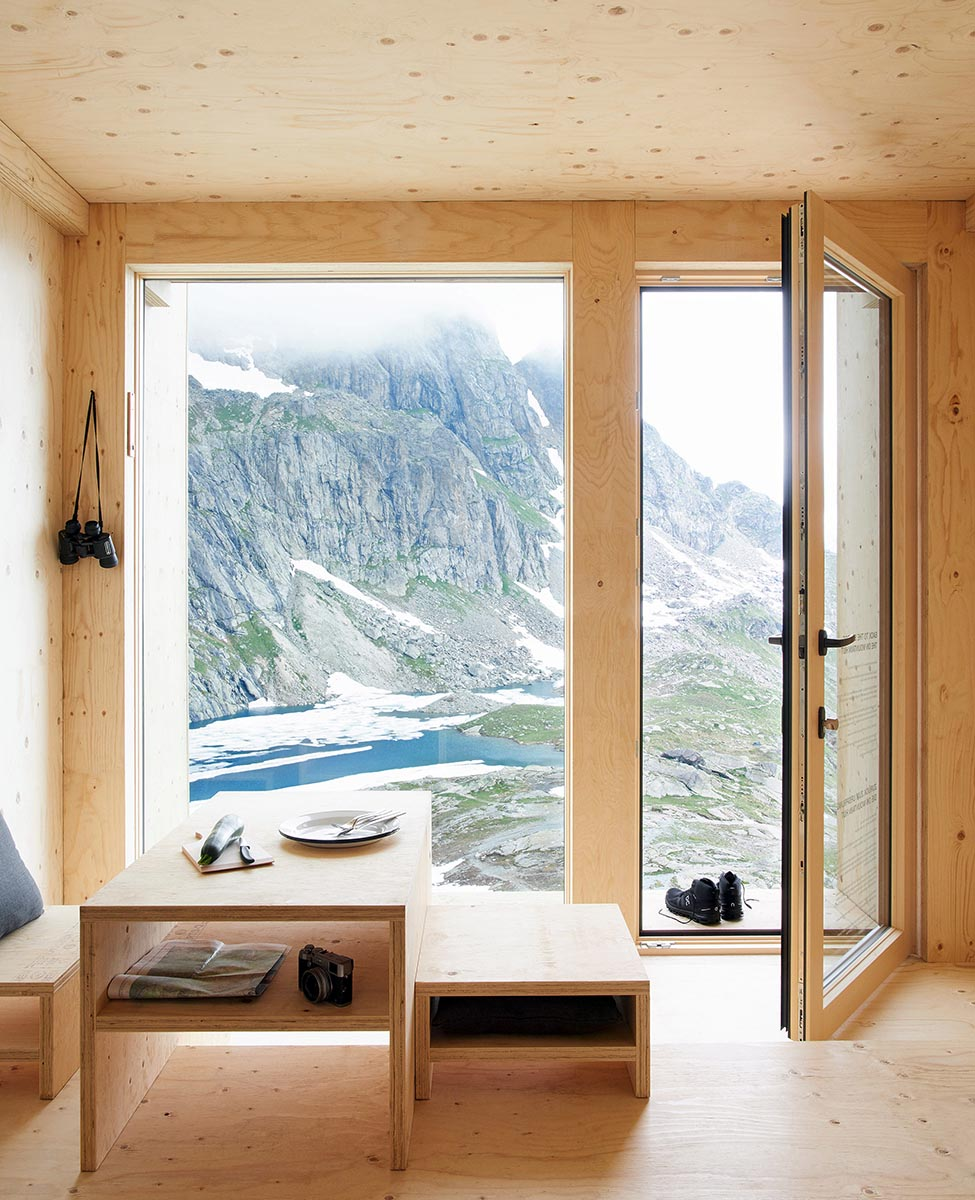 On-Mountain-Hut-Thilo-Alex-Brunner-06