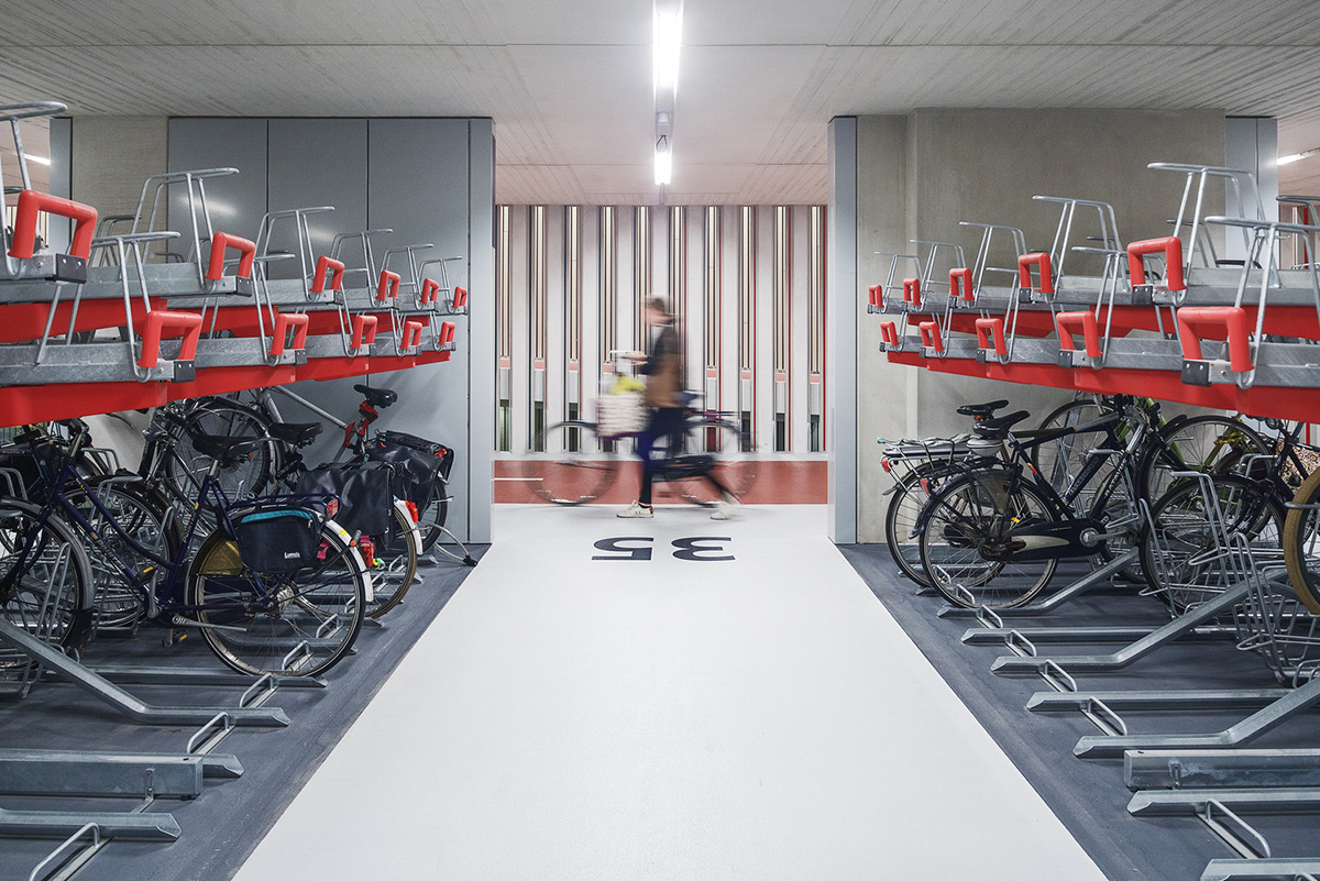 Utrecht-Bicycle-Parking-Ector-Hoogstad-Architecten-Petra-Appelhof-03