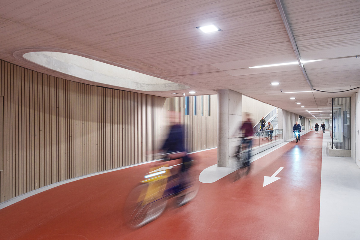 Utrecht-Bicycle-Parking-Ector-Hoogstad-Architecten-Petra-Appelhof-08