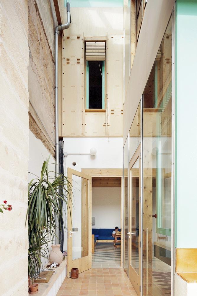 Casa-Plynwood-Feina-Studio-Luis-Diaz-Diaz-06