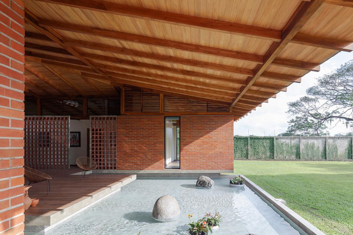 La-casa-silencio-Natura-Futura-Arquitectura-Lorena-Darquea-02