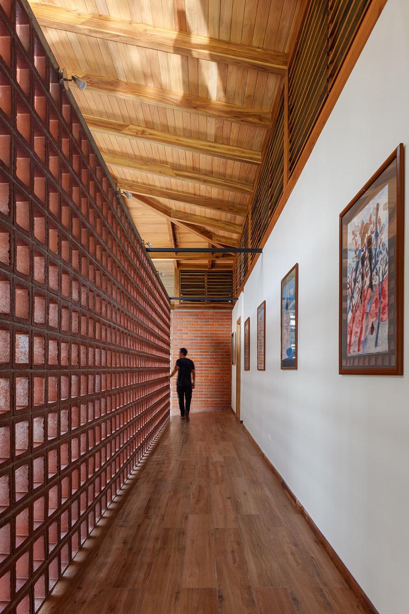 La-casa-silencio-Natura-Futura-Arquitectura-Lorena-Darquea-04