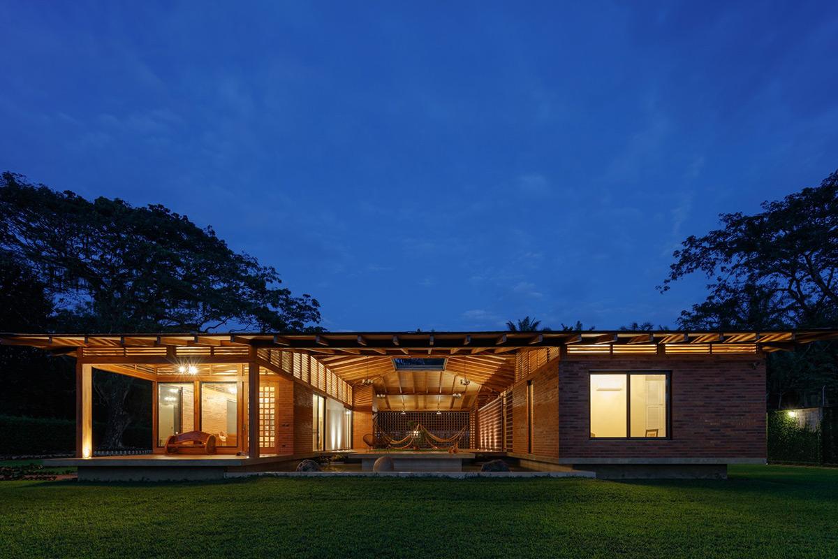La-casa-silencio-Natura-Futura-Arquitectura-Lorena-Darquea-07
