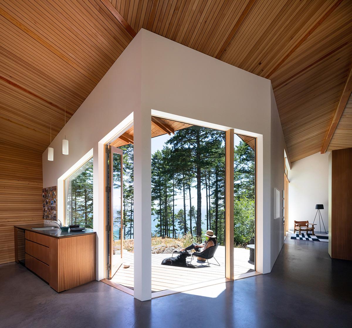 Sooke-01-House-Campos-Studio-Ema-Peter-04