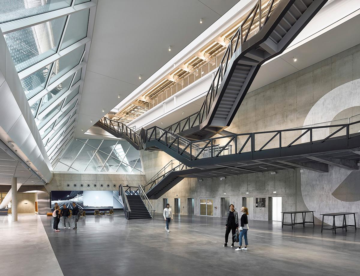 Adidas-World-Sports-Arena-Behnisch-Architekten-David-Matthiessen-04