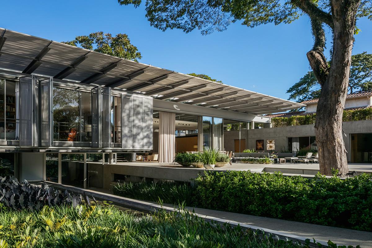 Casa-PE-Andrade-Morettin-Arquitetos-Associados-Nelson-Kon-02