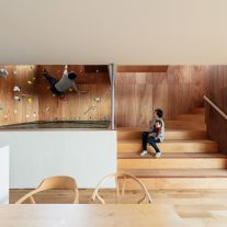 House-Tsukawaki-Horibe-Associates-04