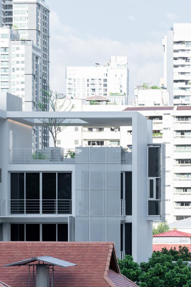 Baan-33-Apartment-StuDO-DOF-SkyGround-07