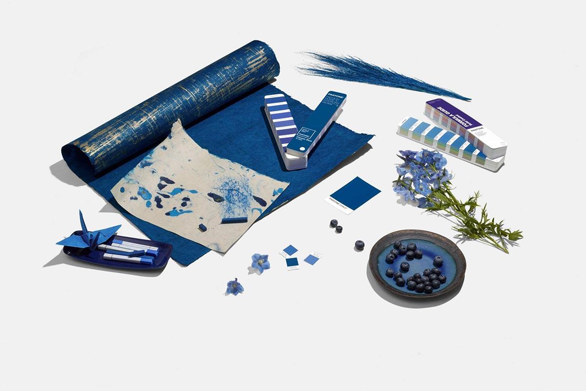 Classic-Blue-Color-Pantone-2020-04