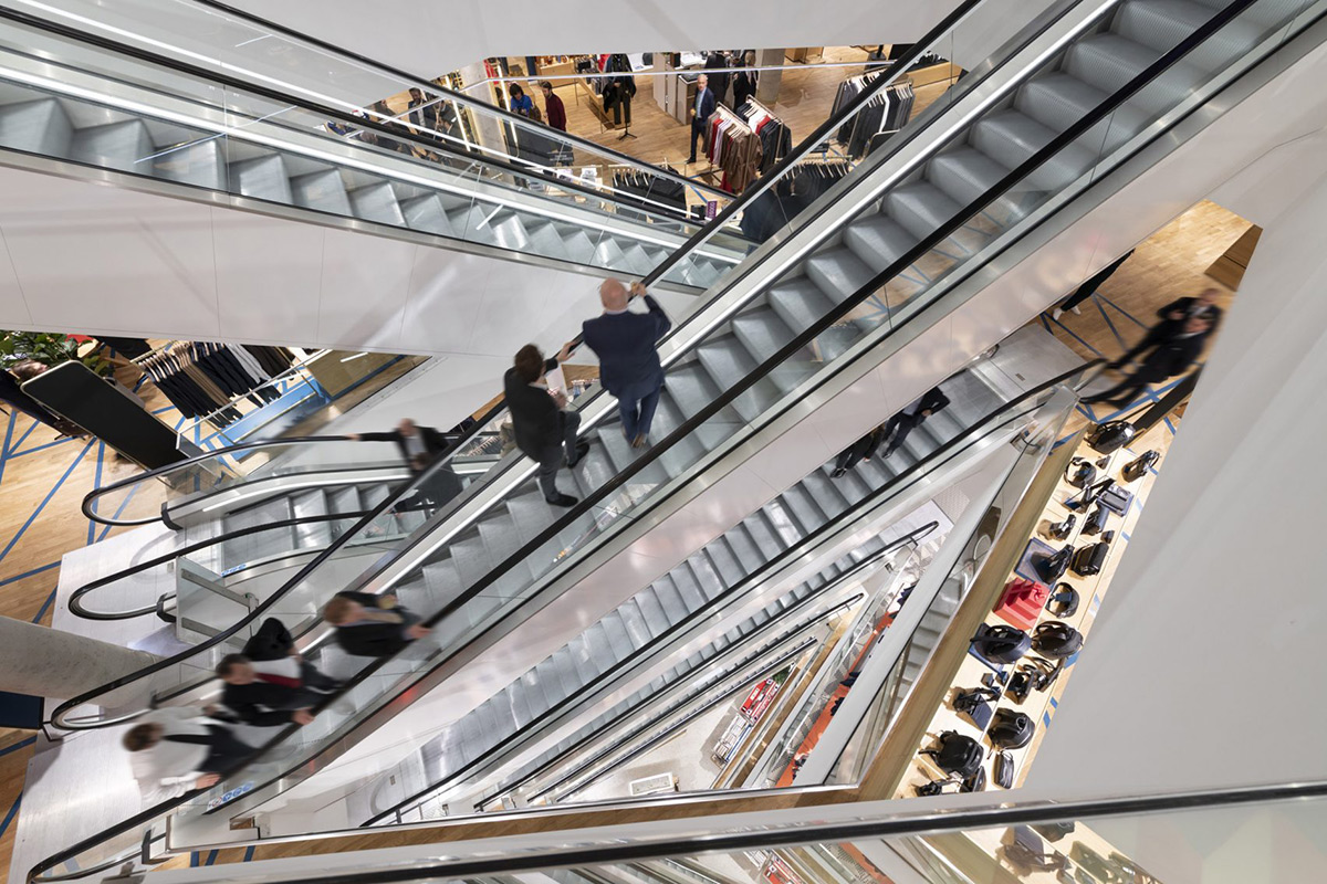 Galeries-Lafayette-Foster-Partners-Nigel-Young-04