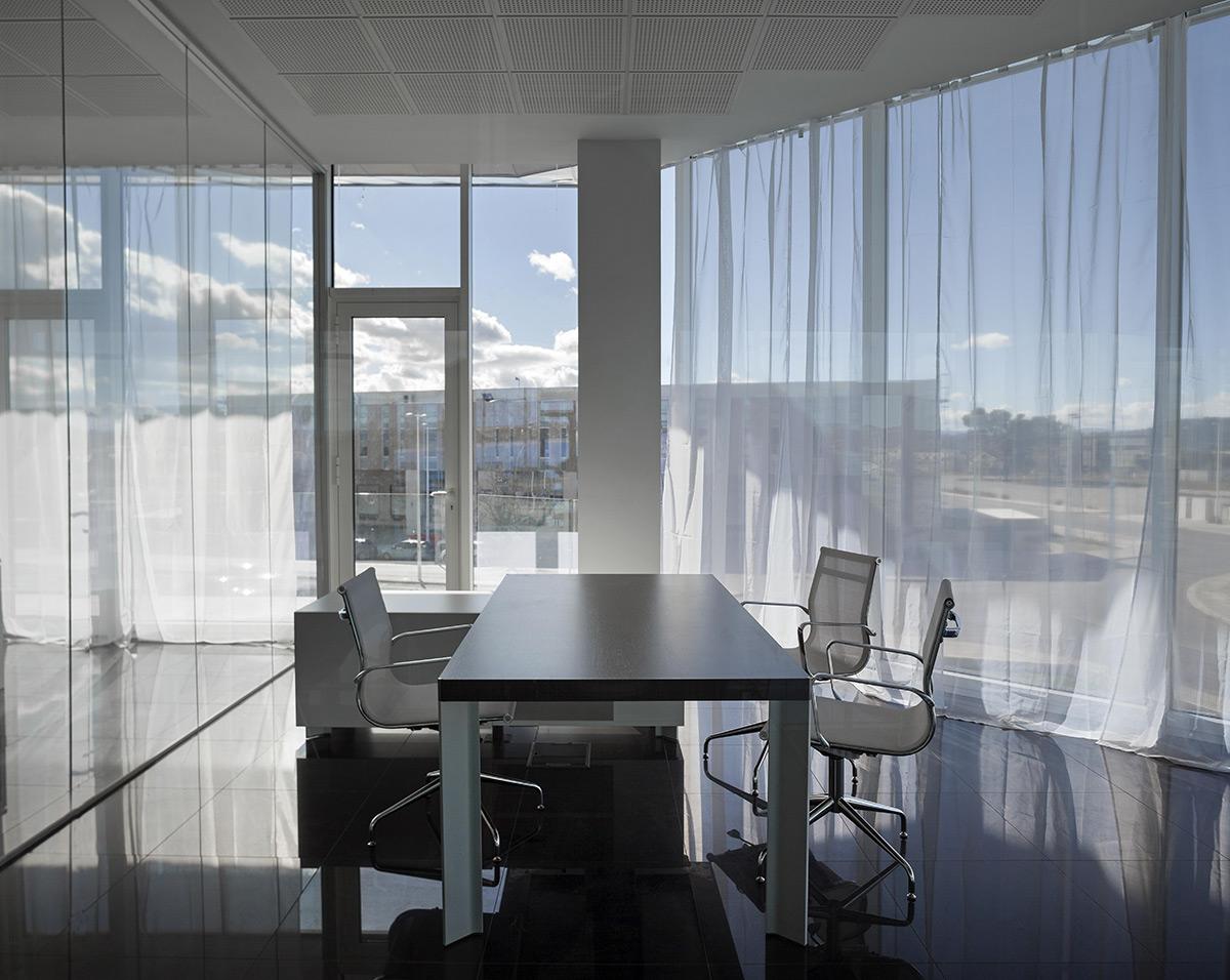 Kortimed-HQ-Pierattelli-Architecture-Diego-Opazo-02