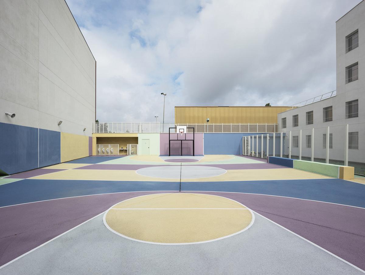Minimum-Security-Prison-LAN-Cyrille-Weiner-03