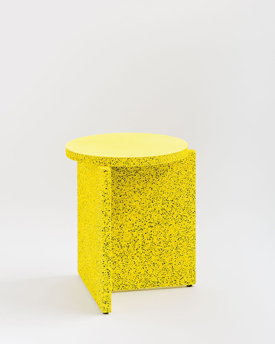 sponge-table-calen-knauf-foto-conrad-brown-1