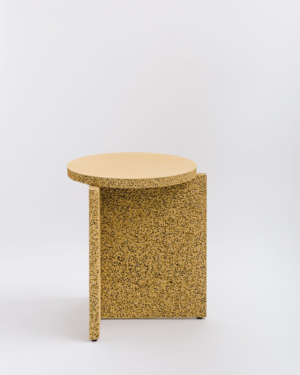 sponge-table-calen-knauf-foto-conrad-brown-2