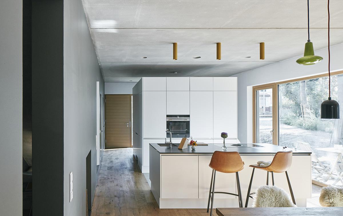 Black-House-HGA-Henning-Grahn-Architektur-Marc-Flick-Architekt-Christian-Stock-05