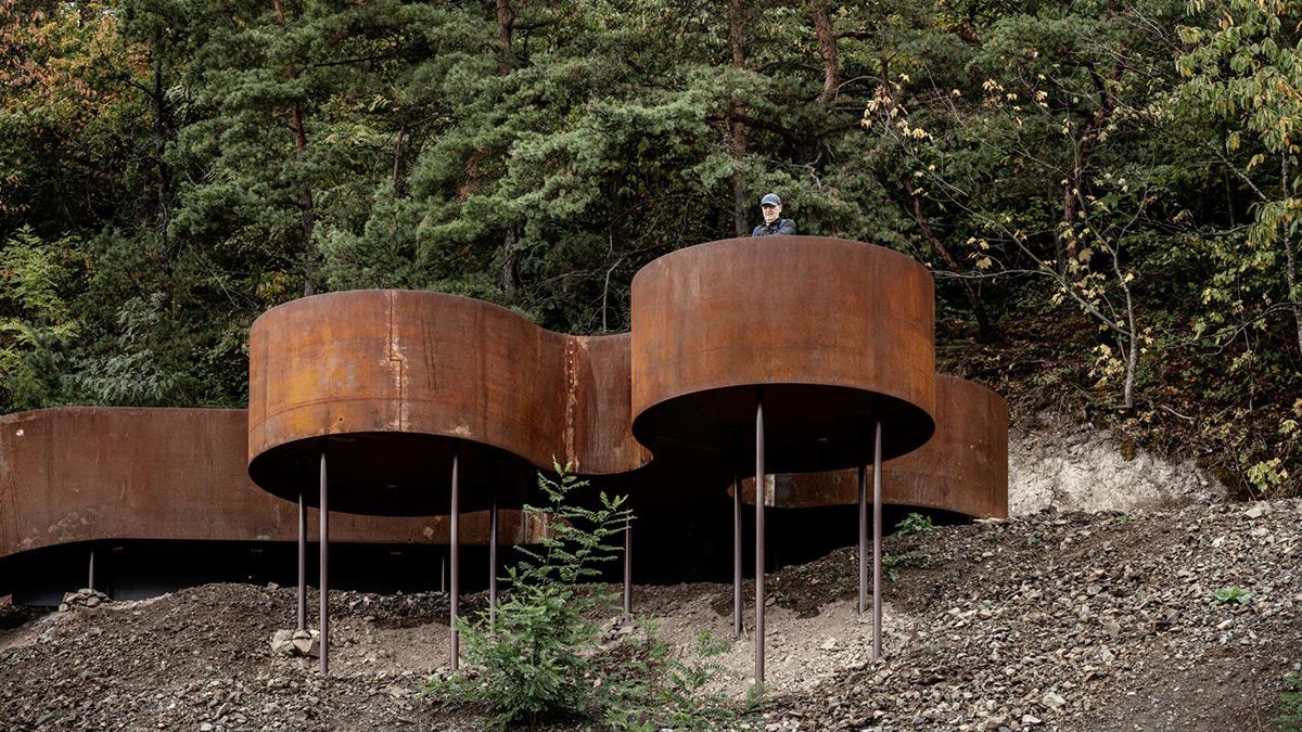 Chemin-des-Carrieres-Reiulf-Ramstad-Arkitekter-01