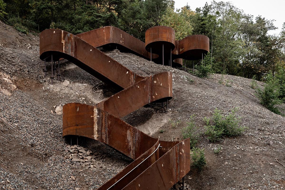 Chemin-des-Carrieres-Reiulf-Ramstad-Arkitekter-02