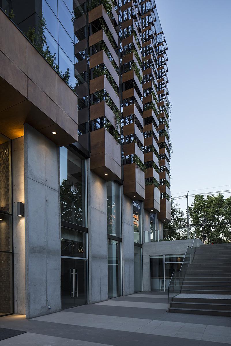 arquitectura-chilena-edificio-francisco-aguirre-stein-suazo-arquitectos-foto-aryeh-kornfeld-5