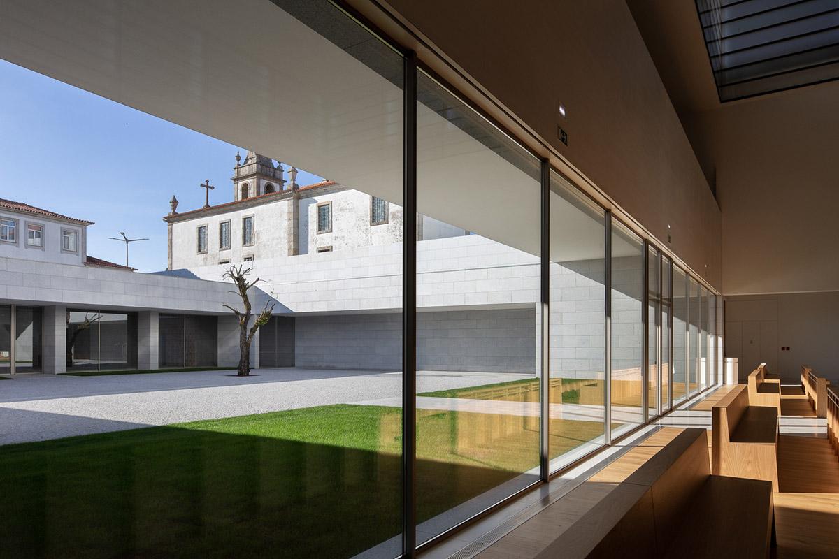 Iglesia-Divino-Salvador-Vitor-Leal-Barros-Architecture-05