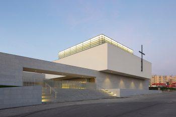 Iglesia-Divino-Salvador-Vitor-Leal-Barros-Architecture-06