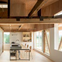 The-Deformed-Roof-House-Yoshichika-Takagi-associates-Ikuya-Sasaki-02