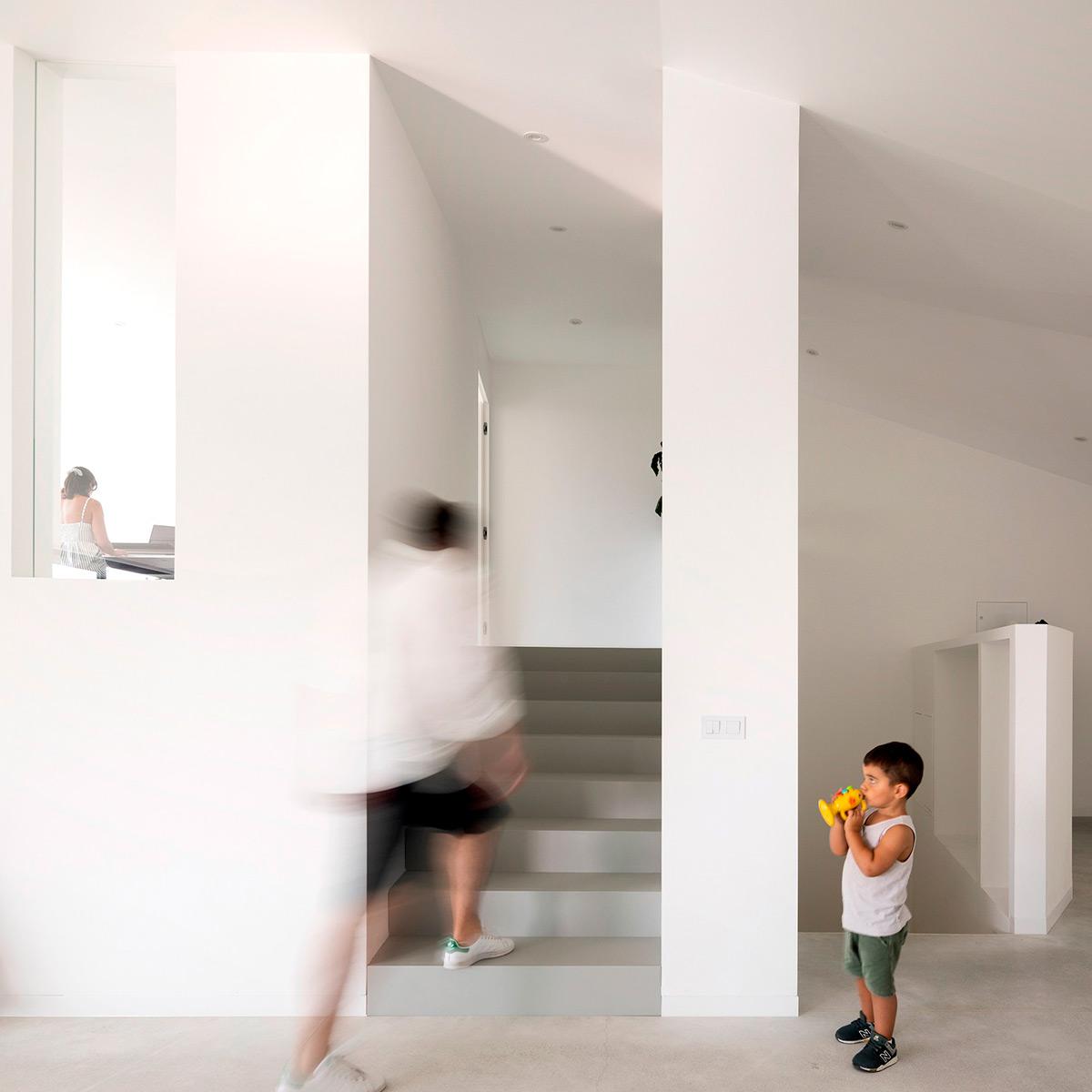 Casa-Povo-Contaminar-Arquitetos-Fernando-Guerra-06