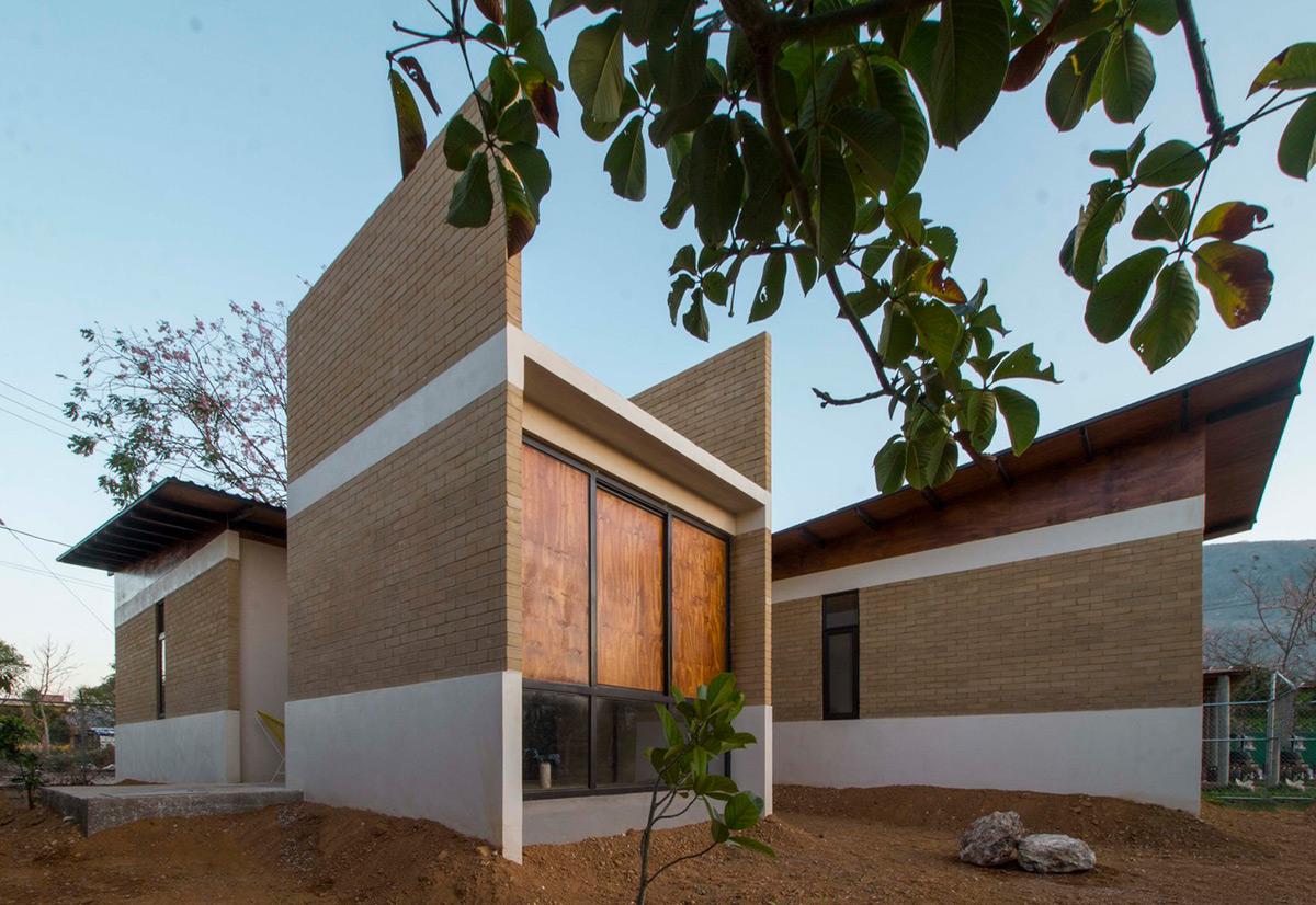 Casa-Salvador-Apaloosa-Estudio-Arquitectura-Diseno-Walter-Flores-Arquitecto-02