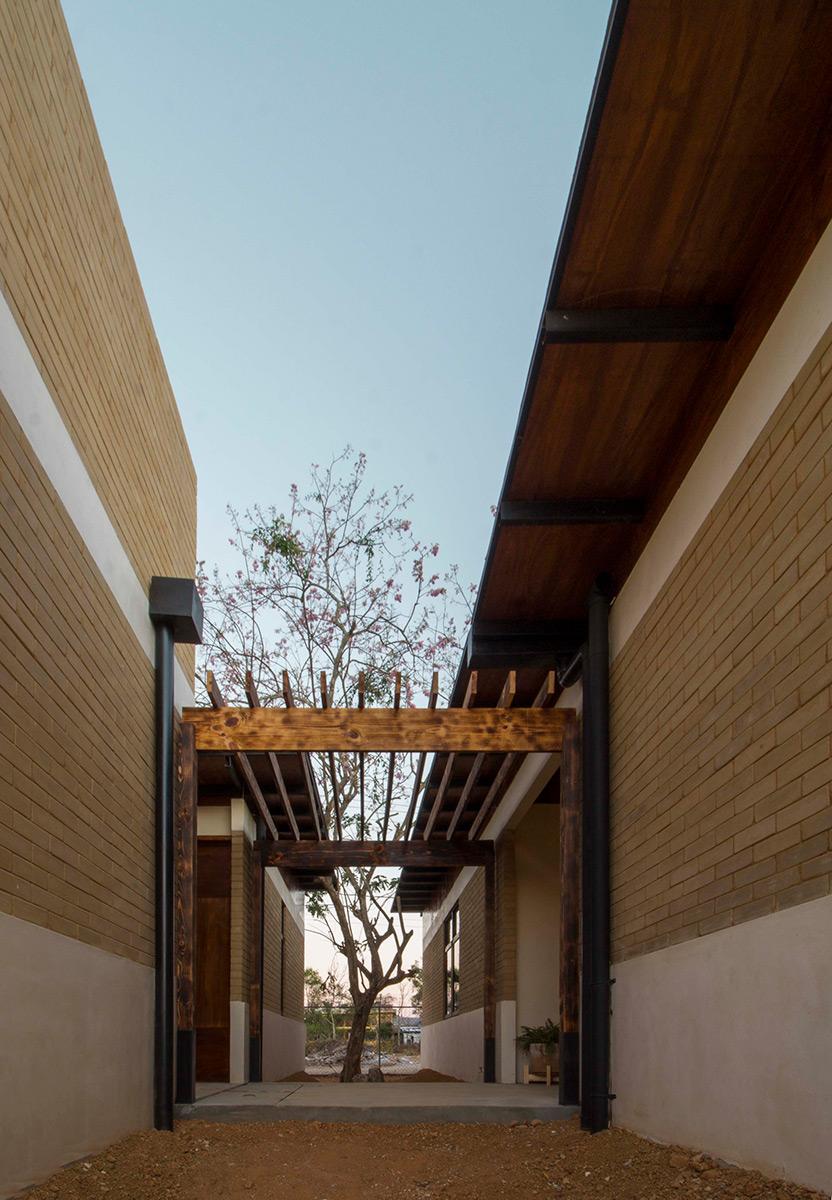Casa-Salvador-Apaloosa-Estudio-Arquitectura-Diseno-Walter-Flores-Arquitecto-06