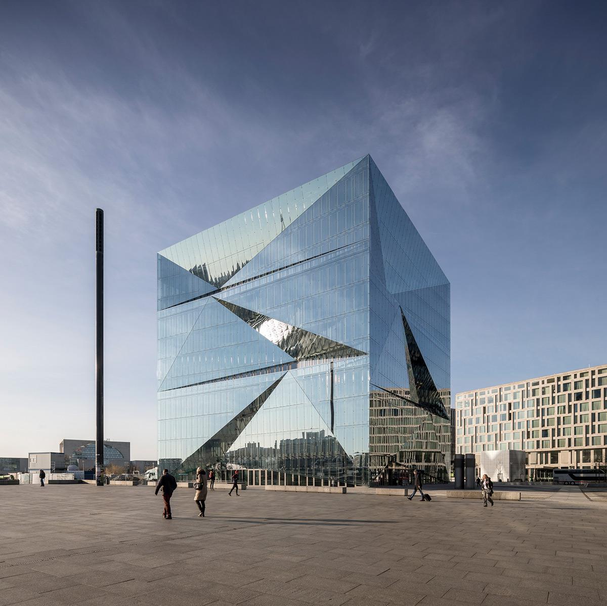 Cube-Berlin-3XN-Adam-Mork-01