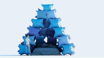 Pillow-Pyramid-Cyril-Lancelin-01